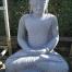 Meditierender Buddha aus Flussstein